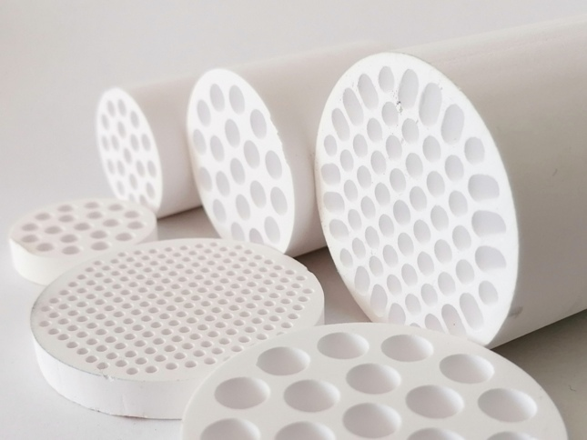 KATMAJ Filtration - ceramic membrane element for microfiltration, ultrafiltration and nanofiltration from producers like Atech Innovations, Inopor, Metawater, CTI, Likuid Nanotek, Tami, Orelis, Mantec, tubular capilary ceramic membranes